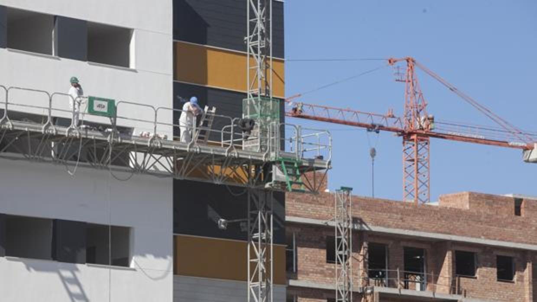 La compraventa de viviendas se reactiva y crece un 1,1% en mayo impulsada por la vivienda usada
